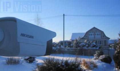 Hikvision DS-2CD2T42WD-I8 з об'єктивом 16 мм