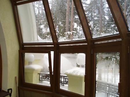 «Холодные» алюминиевые окна на балкон