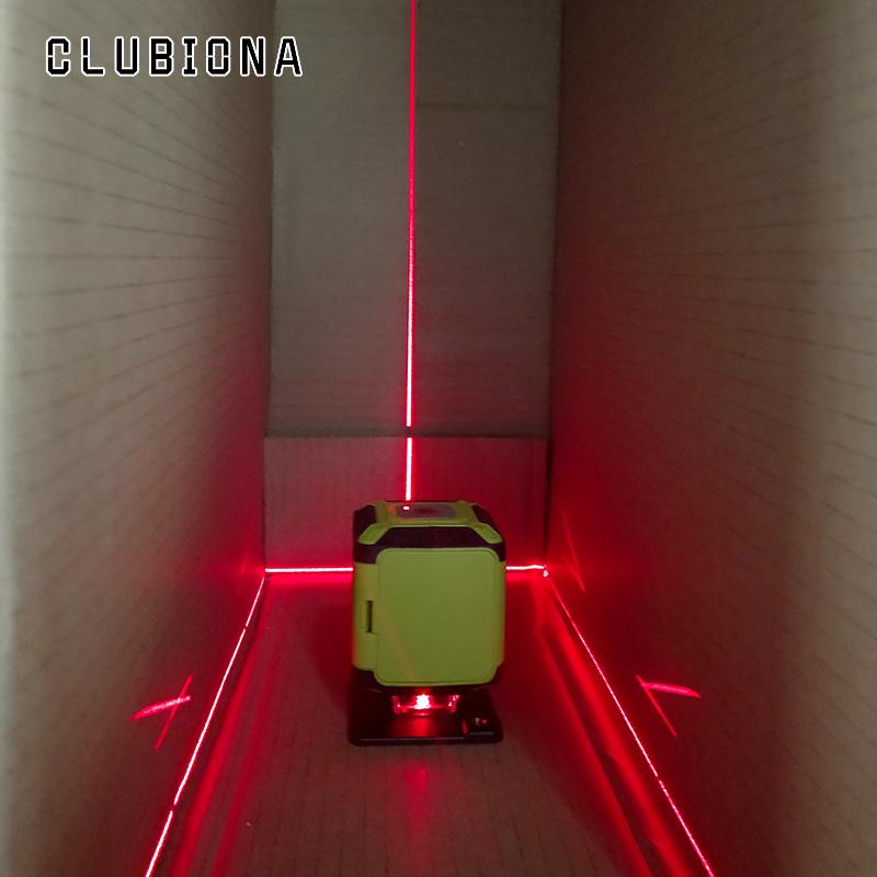 Line laser floor (14)