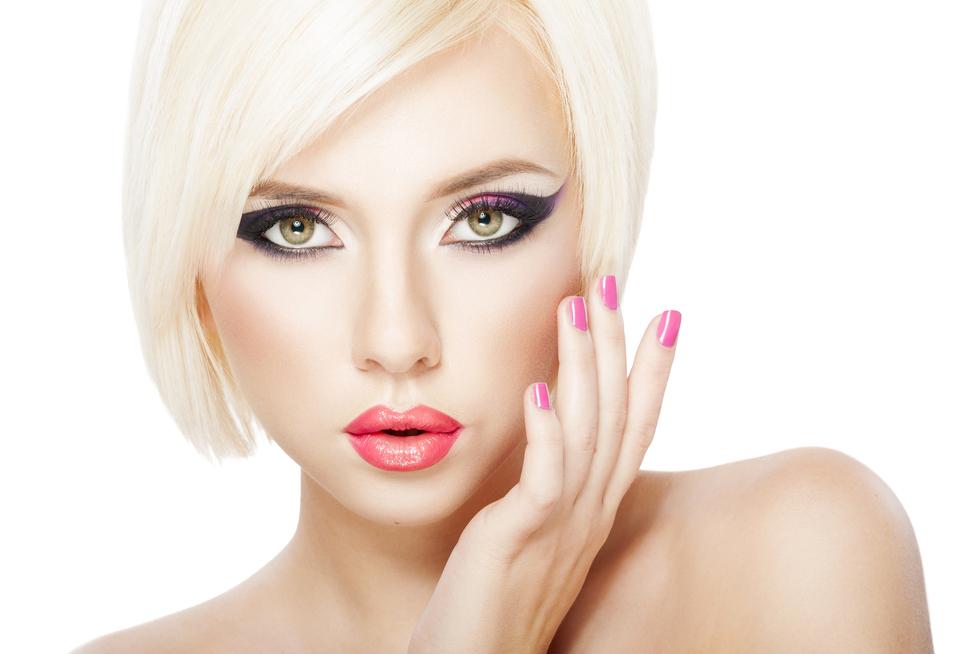 Рекомендуемый макияж для треугольного лица