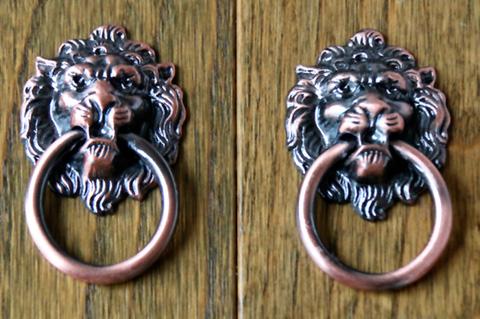 Львы – один из типичных мотивов классики