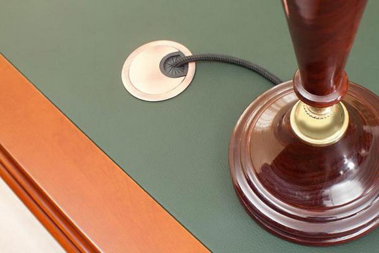 Заглушка для стола под провода