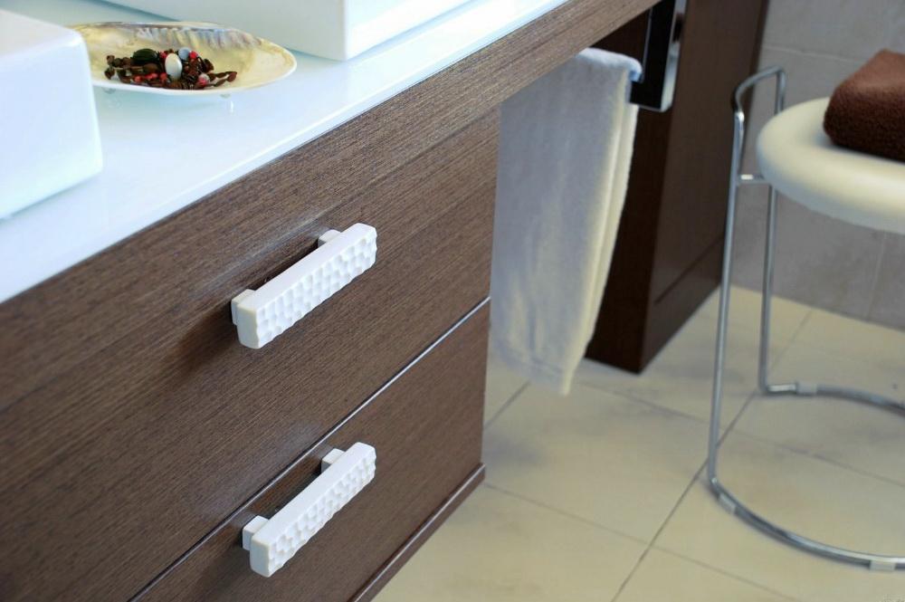 Кухонные мебельные ручки