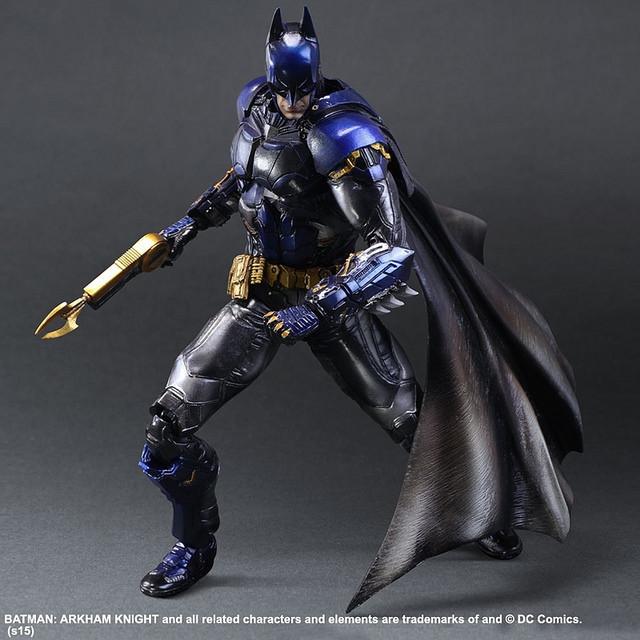 Картинки по запросу бэтмен синий костюм
