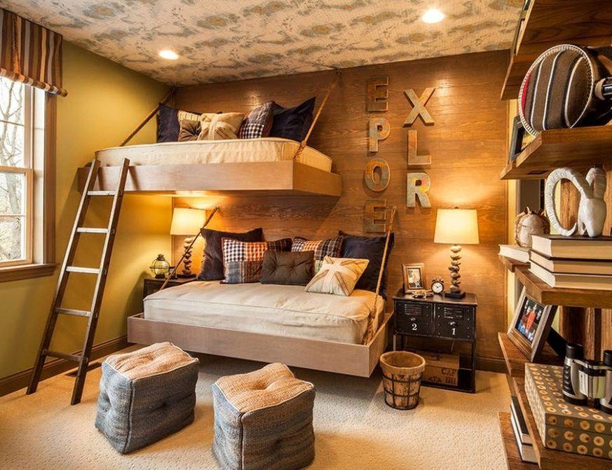 две подвесные кровати в детской комнате