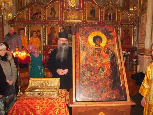 Икона Георгия в храме фото