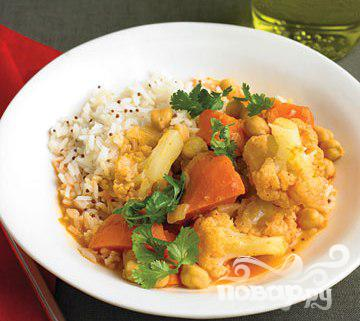 Овощное карри с рисом