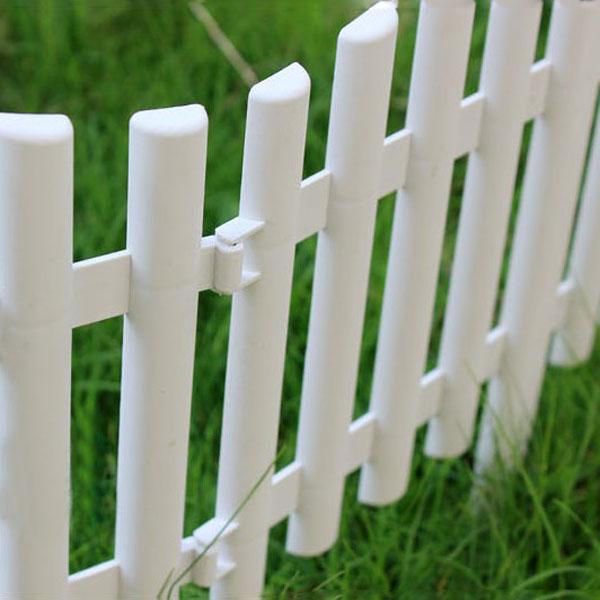 украшение сада забор
