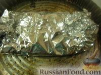 Фото приготовления рецепта: Скумбрия, запеченная в фольге - шаг №8