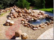 природные камни в ландшафте