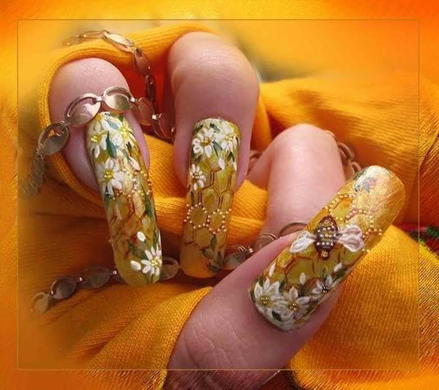 Если для наращивания ногтей вам необходимо купить  уф лампу, то сделать это вы можете в нашем магазине.