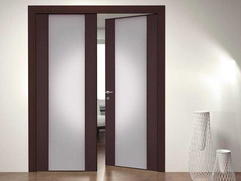 Двустворчатая распашная дверь