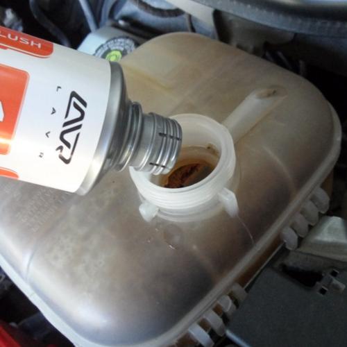 Как промыть систему охлаждения двигателя своими руками