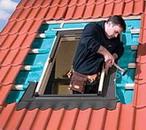 Монтаж мансардного окна Рото