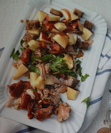 1. Салат с тунцом