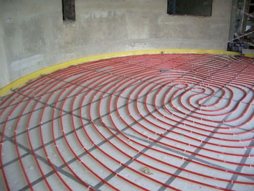 электрический-теплый-пол-в-деревянном-доме