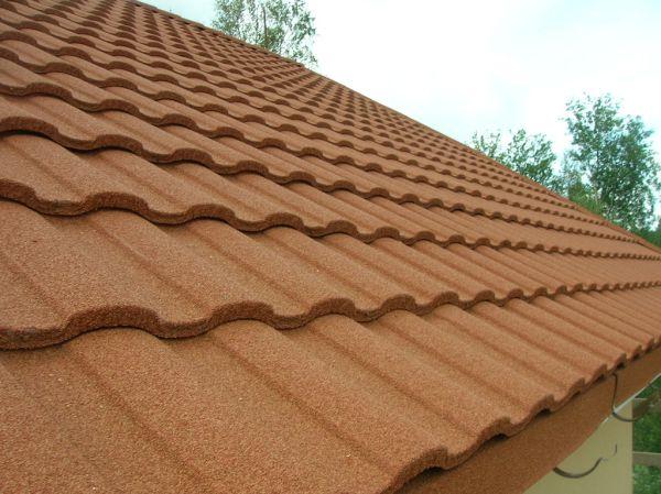 Крыша из натуральной цементно-песчаной черепицы