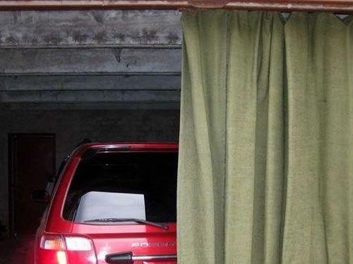 Выбираем  шторы в гараж