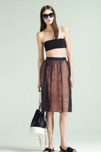 короткий топ и юбка с завышенной талией3