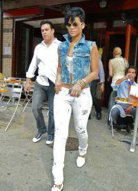 с чем носить джинсовый жилет18
