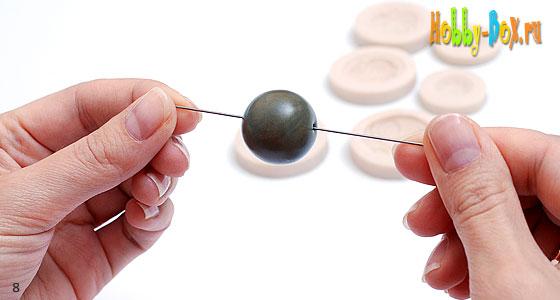 Рисунок 8. формируем бусину круглой формы и делаем в ней отверстие
