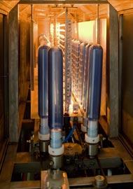 Блок разогрева преформ установки NORLAND Freedom-100 имеет 16-зональный контроль температуры