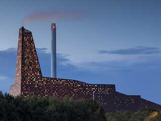 Медиафасад завода по сжиганию мусора Роскильде