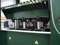 Пресс для гнутоклеения VP-C 11/15, гидравлические цилиндры