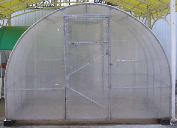 Теплица «Слава-СП » с покрытием из сотового поликарбоната, размеры: ширина 3м. длинна 2м. высота 2м.