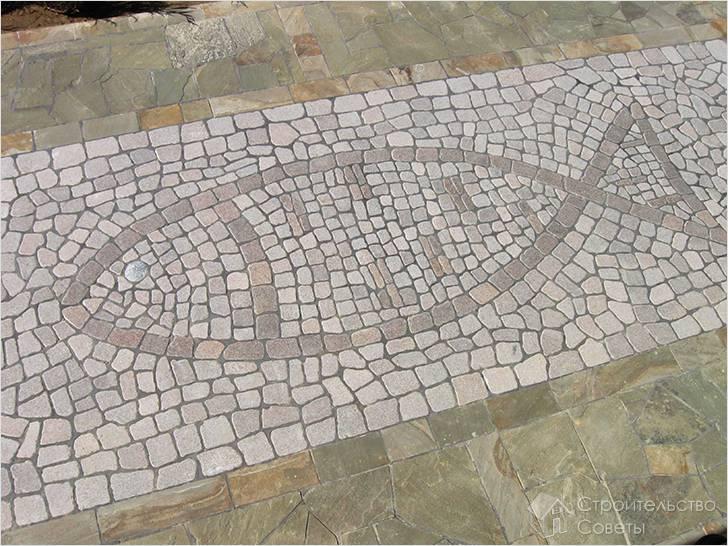 Рисунок из камней