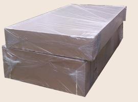 упакован в две коробки