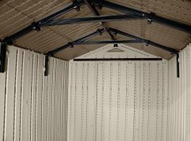 Крыша сарая Техас армирована металлическим профилем