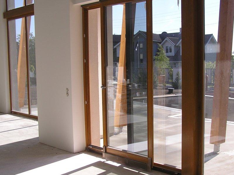 Уплотнители для окон и дверей: их преимущества и установка