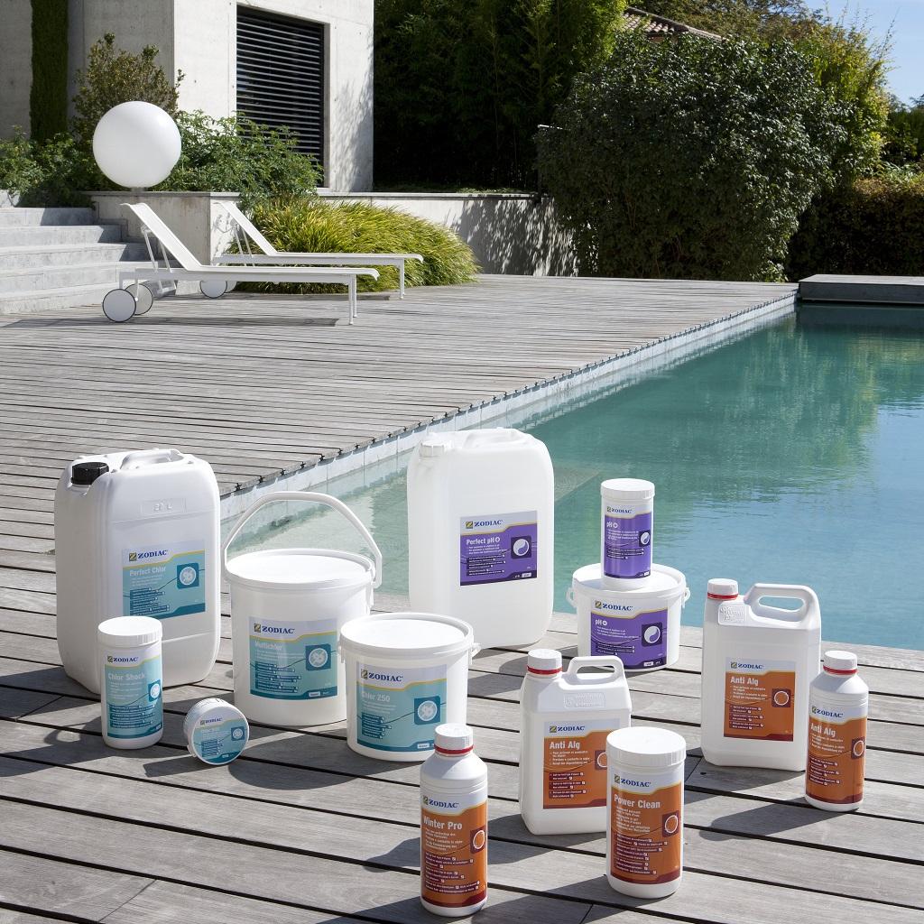 Химия для бассейна: какую выбрать?