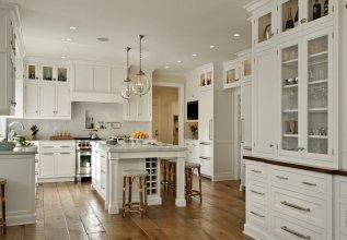 Классическая белая кухня из массива