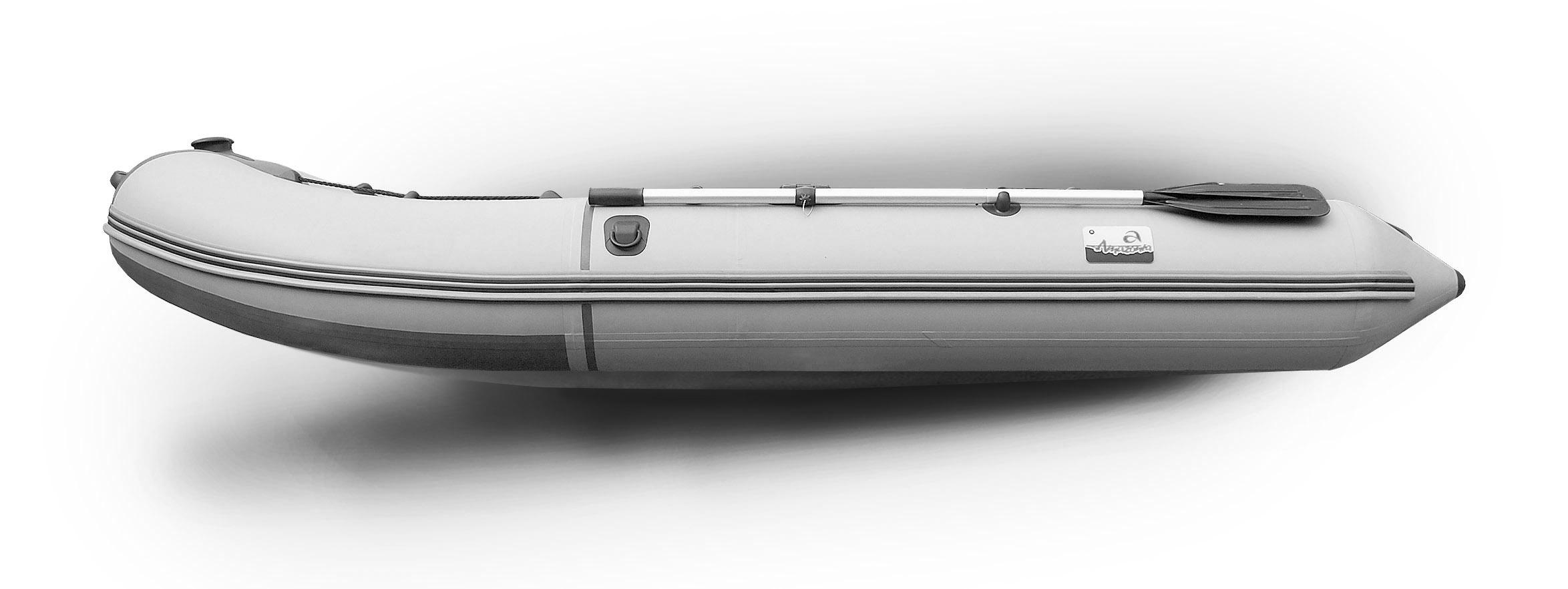 Пожалуй единственная лодка в РБ имеющая ответный алюминиевый профиль под стрингера