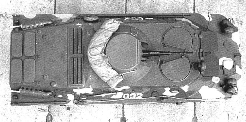 Бронированная разведывательно-дозорная машина БРДМ-2.  Вид сверху.