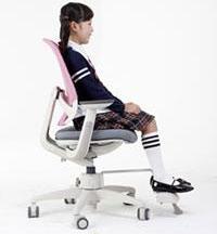 Эргономичные компьютерные кресла с ортопедическим эффектом для детей