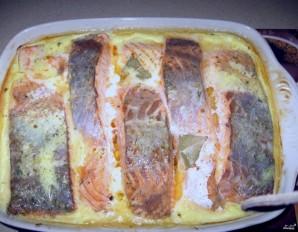 Красная рыба в сливочном соусе в духовке - фото шаг 3