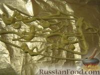 Фото приготовления рецепта: Скумбрия, запеченная в фольге - шаг №6
