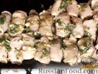Фото приготовления рецепта: Куриные рулетики с грибами - шаг №12