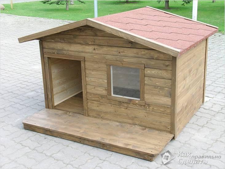 Теплая будка с двускатной крышей
