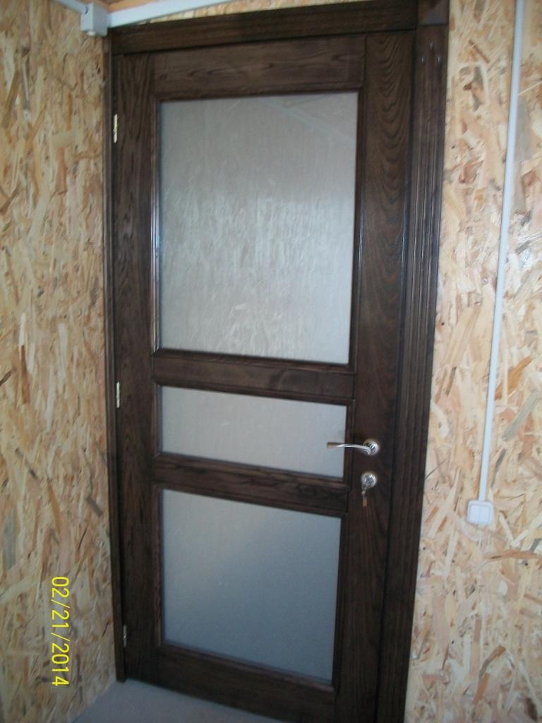 Двері дубові зі склом
