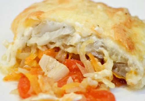 Как приготовить филе минтая вкусно_ на сковороде с морковью и луком