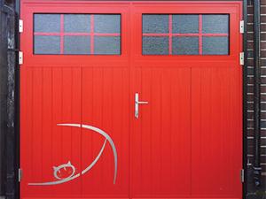 Аппликации на гаражных воротах