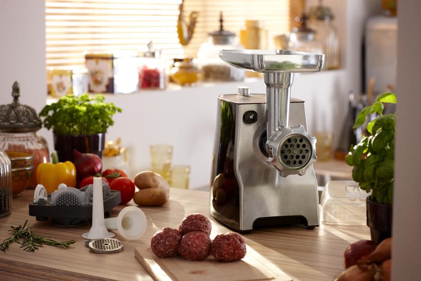 Картинки по запросу мясорубка на кухне