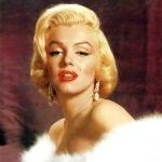 Золотые серьги с жемчужинами и бриллиантовыми вставками Мэрилин Монро