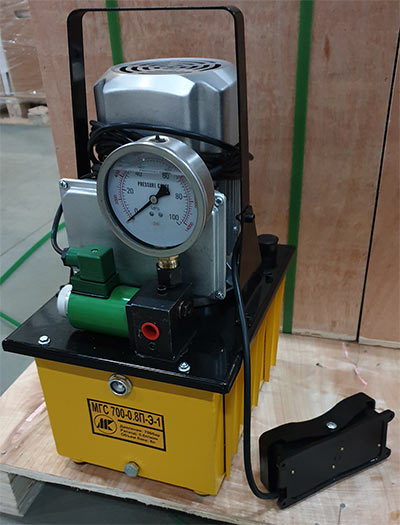 Мини маслостанция МГС 700-0.8П-Э-1 (0.8 л/мин, 700бар, 220В)