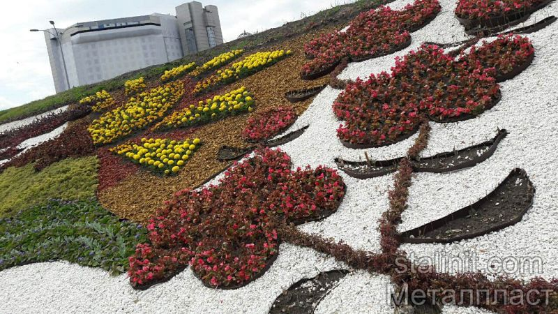 Клумба до Євробачення-2017, виконана з використанням садового бордюру виробництва ТОВ Металпласт