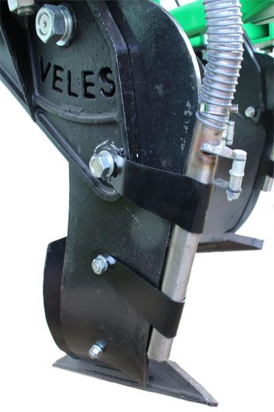 Рабочий орган глубокорыхлителя ГР с функцией внесения удобрений Велес-Агро